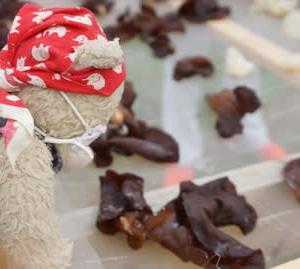 京丹後市のキクラゲ栽培見学。ビタミンDと食物繊維が豊富なキクラゲ。それを美味しくいただきます。