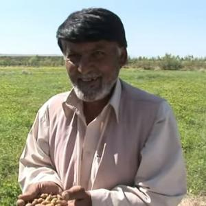 「戦車や武器ではなく命の水でアフガニスタン建て直し支援  中村哲医師」No.2715