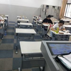 「中国のある大学の再開の様子」