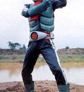 仮面ライダー2号の変身ポーズ、その1