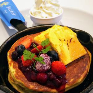 「Butter」ミックスベリーとクリームブリュレの窯出しフレンチパンケーキ