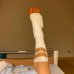ドイツの短期入院生活: Day 1「隣のジュラシックおばちゃん」