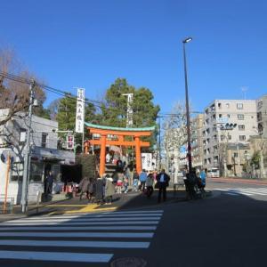 朝一早稲田へ