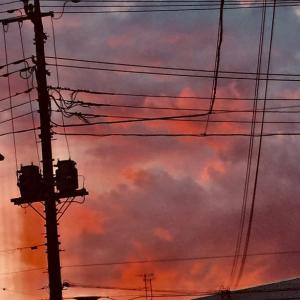 家から見た夕陽