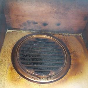 21日 市川市 キッチン換気扇が吸い込まない  市川市稲越町 換気扇点検工事