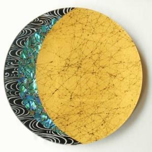 螺鈿を使ったガラス皿