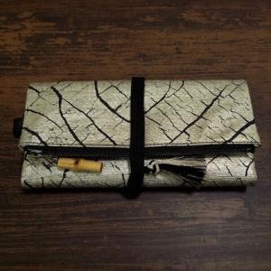 オーダーの特別仕様本革製道中財布「錫箔」の納品!!
