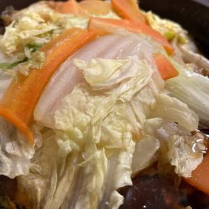 引きこもりクッキング 食材整理で鶏鍋
