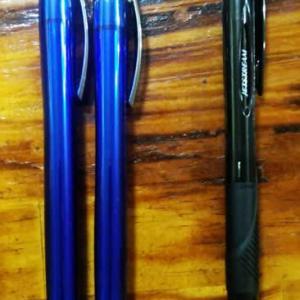 100均のボールペン