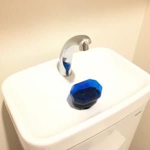トイレタンク上部の手洗い場に、ちょっと憧れがありました。
