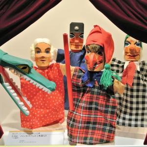 目黒区美術館で、 『あそぶひと ‐ 人形と子どもの暮らし』 を見ました。