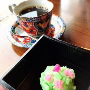 コーヒーと和菓子ってあうね!