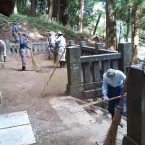 鎮大神社 和楽会お宮清掃ボランティア