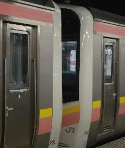 横浜シーサイドライン開業20周年キネン乗り継ぎ(その1)