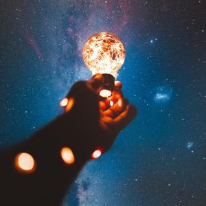 ③【星のつぶやき】深い深いあなたの海底・光があたる場所・テーマはどこ?