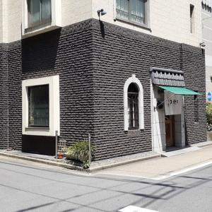 梅雨の晴れ間の神田須田町/洋食の松栄亭と藪蕎麦