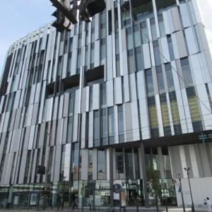 【富山】隈研吾が設計したTOYAMAキラリにある富山市ガラス美術館