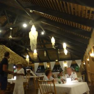 ル・マハナのレストラン(8日目)