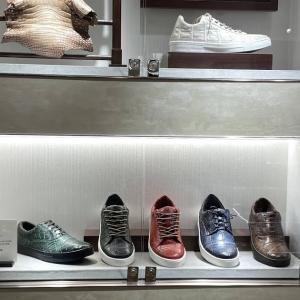 三越日本橋本店 紳士靴売り場Gケース内展示