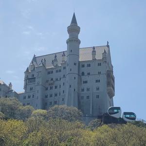 お城を見ながら郵便局まで