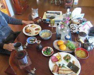 食用菊の味噌汁と酢の物