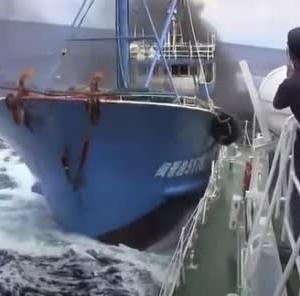 中国政府 尖閣諸島周辺での多数の漁船による領海侵入を予告