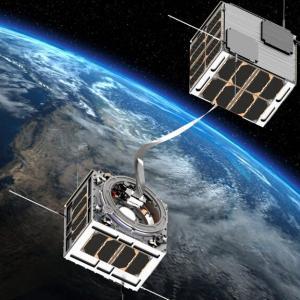 燃料のない推進のためのテザー衛星