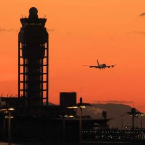 夕暮れの到着便 ・ 関西国際空港