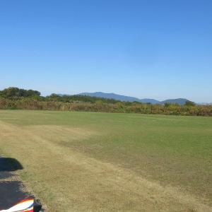 今日(12/01日曜)のRCクラブ飛行場風景