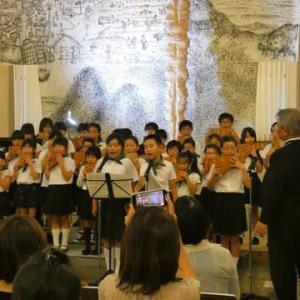 千田小学校合唱隊の出演