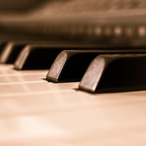 梅田のピアノレッスンで表現力を磨く!
