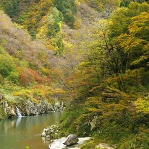 日本の赤壁 赤芝峡