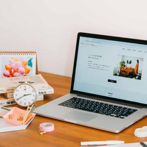 新生活!デスク周りのインテリアスタイリング|ウェブマガジン「写真と、ちょっといい暮らし」