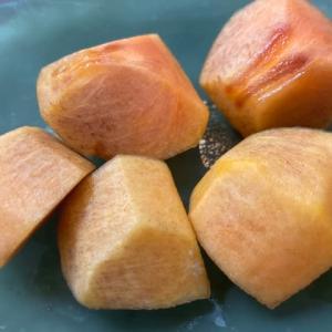 【樹齢50年以上の柿の収穫】✨