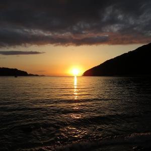 赤松遊園地のダルマ夕陽 4月6日