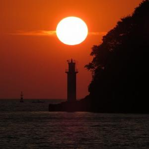 赤松遊園地のダルマ夕陽 4月7日