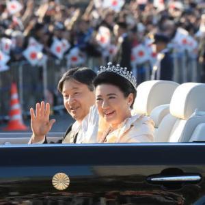 天皇陛下無事パレード終わって大相撲始まった編