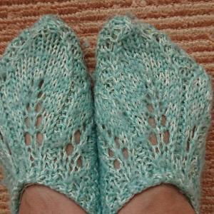 母の編んだ毛糸のカバー・・・