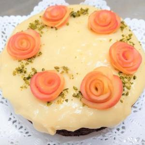 レッスンで作ったケーキはお母様への贈り物に。素晴らしいです!!