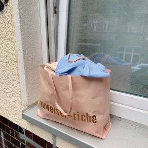 不用品はまとめてお家の前に。ドイツのリサイクルを試してみた。