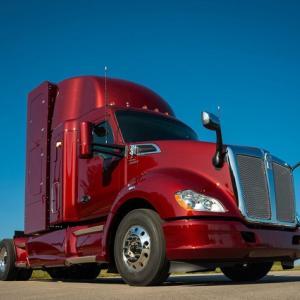 トヨタの燃料電池大型トラック、航続が1.5倍に…改良され新型を発表
