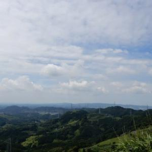 蒸し暑い中 粟ヶ岳ハイキング