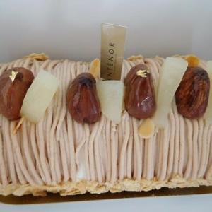 アンテノールのモンブランロールケーキ ♪
