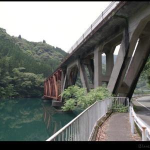 TR鉄道跡地を歩く