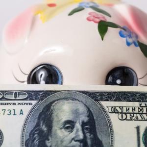 毎月分配型の投資信託で分配金を再投資しないことで期待できる効果