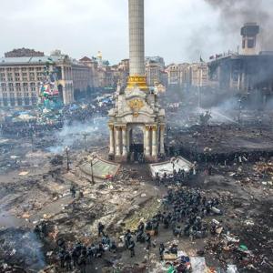 ウクライナ:NATO加盟には基準を満たさないとだ by バイデン