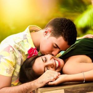 彼との関係に不安を抱いているあなたへ-ずっと愛し合える関係の築き方-