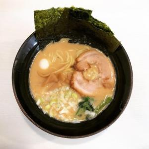 横浜の好きな家系ラーメン屋さんです(∩´∀`∩)ゴル麺