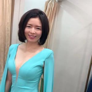 ドレスに映えるデコルテを美しくキープするコツ。