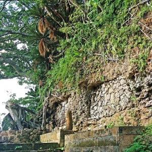 第一尚氏王統第六代国王尚泰久の5男や江洲按司宗祖が居城していたとされるグスク跡☆